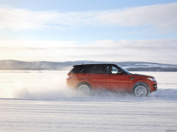 range rover snow driving